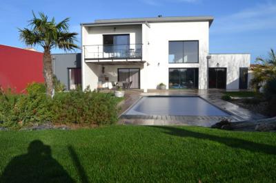 Maison Saint Xandre 6 pièce (s) 315 m²