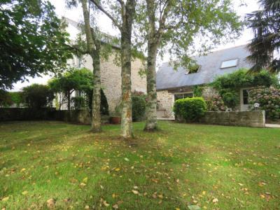 PONT-L'ABBÉ - Propriété en pierre sur 2.3 hectares de terrain