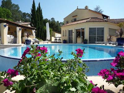 Maison Vidauban 4 pièces piscine garage terrain