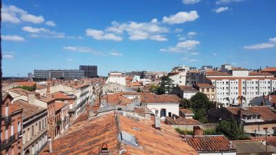 Studio Jeanne d'Arc vue sur les toits