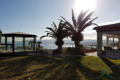 Le Lavandou villa for sale with sea views and swimming pool