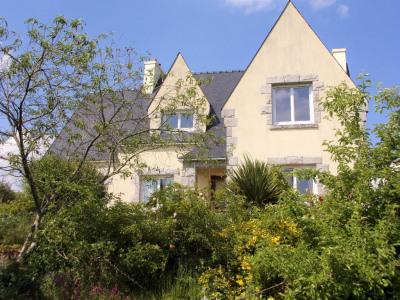 Sale house / villa Pleyben