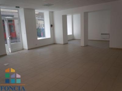 JEAN JAURÈS Locaux commerciaux 1 pièce 70 m²