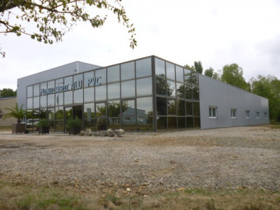 Entrepôt / local industriel Montoire Sur Le Loir 1019 m²