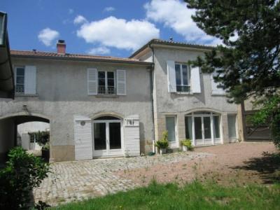 Maison - 185,19 m² - 4 ch