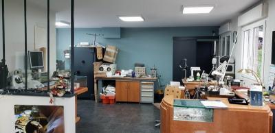 Empty room/storage
