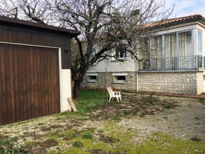 Maison Surgeres 4 pièce (s) 82 m²