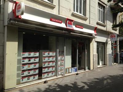 A LOUER DOUBLE BOX FERME Quartier TIMONEImmeuble LE PLATON situé rue Jean Martin / rue Lieutenant Jean Ba ...