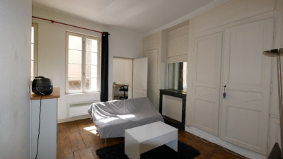 Appartement t1b en hyper centre