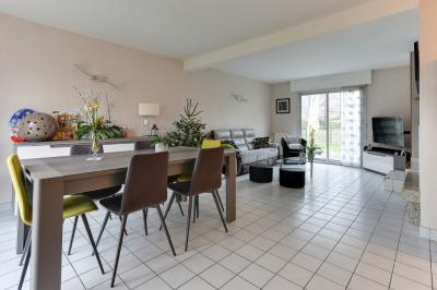 Maison Bruz 6 pièce (s) 106 m²