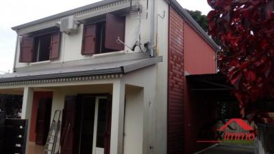 Maison st benoit - 4 pièce (s) - 106 m²