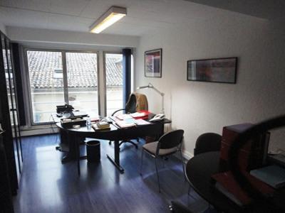 Appartement Aire Sur L Adour 4 pièce (s) 136 m²