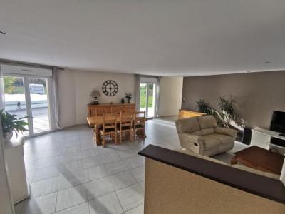 Maison La Geneytouse 5 pièce(s) 156 m2