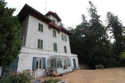 Maison Fontaines Sur Saone 10 pièce(s) 400 m2