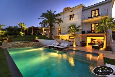 contemporary 13-room villa 430 m² in Cannes