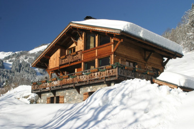 Chalet individuel de 150m² situé à 10mn à pied des pistes de ski