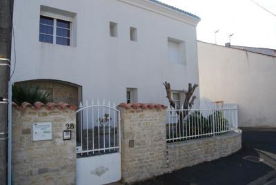 A vendre la rochelle la genette maison 210 m²