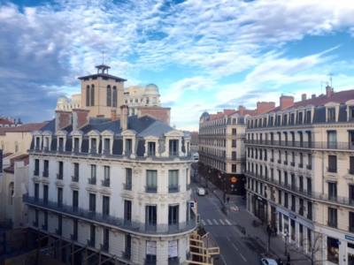 Lyon 2