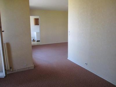 A vendre T3 saintes 80 m²