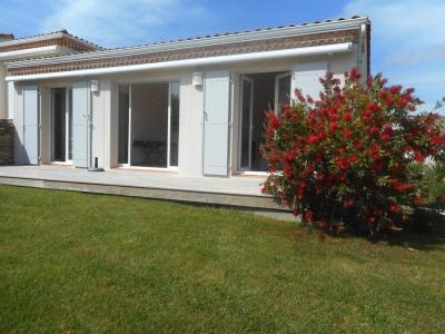 Appart 2 pièces, terrasse, jardinet, parking, près plage/centre