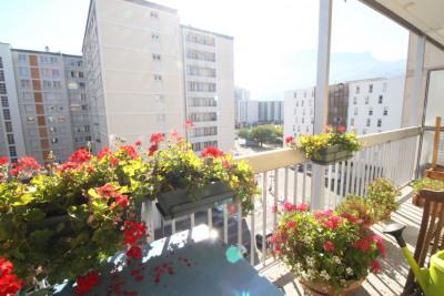GRENOBLE rue dr Calmette T5 4 chambres grand balcon