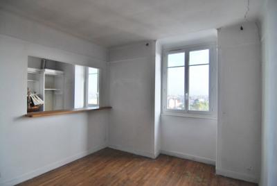 Appartement La Garenne Colombes 2 pièce (s) 50 m² Box Cave