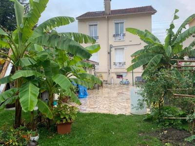 Ravissant 3 pièce + Dépendance et Jardin privatif