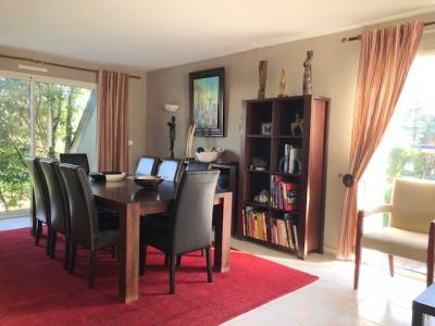 Maison 6 pièce (s) 213 m²