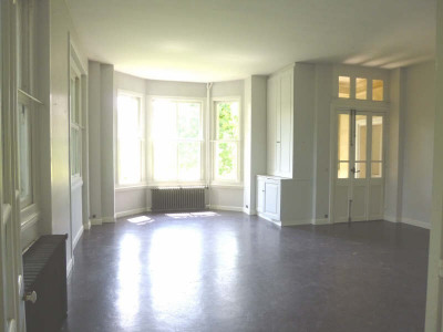 Propriété verrières le buisson - 8 pièce (s) - 250 m²