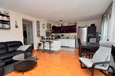 Appartement type F3 (60 m²), cave, parking