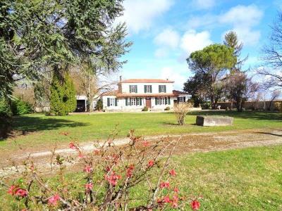 Anwesen 6 Zimmer Secteur Salignac-sur-Charente
