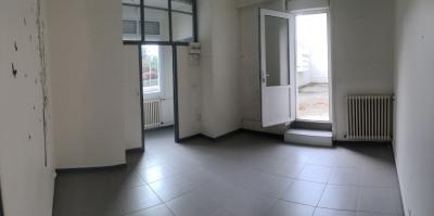 Local Bureau de 30 m² environ