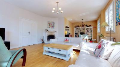 Maison familiale de 165 m², 5 chambres, terrasse et jardin
