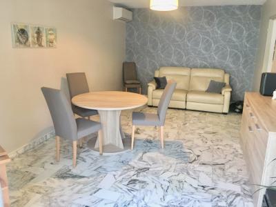 Apartment 2 rooms 59 m² in Saint Laurent Du Var