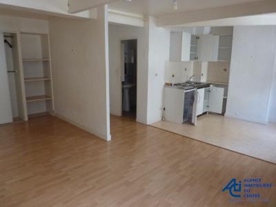 Appartement Pontivy - 1 Pièce (s) - 25 M2- 2ème étage