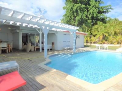 Maison F4 avec piscine