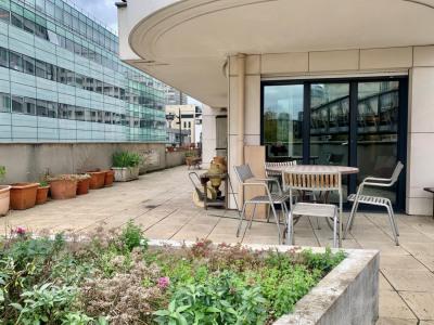 4 pièces meublé 103m² terrasse et parking