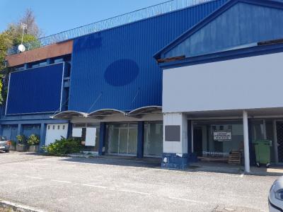 A VENDRE Local commercial Quimper 1423 m²