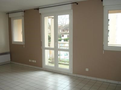 Rental apartment Livry-gargan 565€ CC - Picture 2