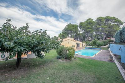 Demeure familiale proche Aix en Provence