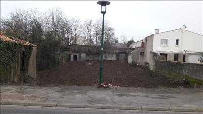 Terrain constructible les clouzeaux - 440 m²