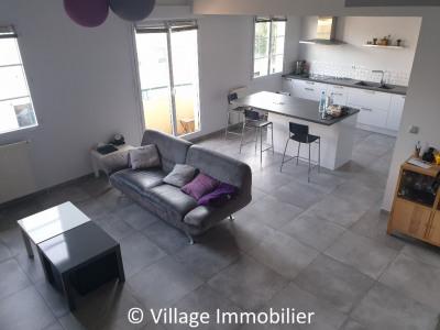 T4 Duplex - Village