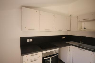 Appartement 3 pièce (s) 76 m² au château de Meyrargues
