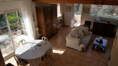Charmante Villa Berre Les Alpes 5 pièce (s) 137 m²