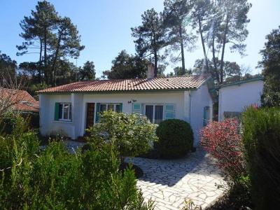 Coquette villa au bourg coté plage