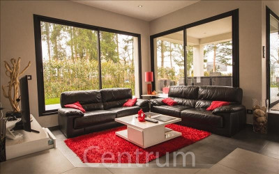Contemporary house 9 rooms