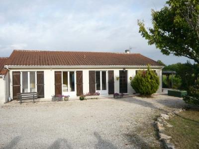 House / villa 5 rooms Sauzet