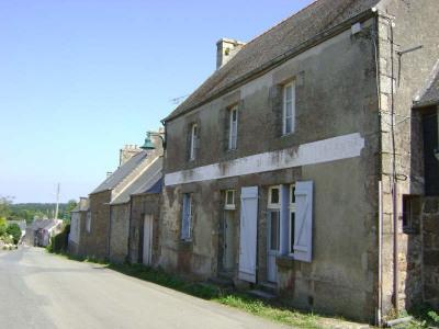 Sale house / villa Plufur
