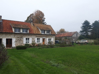 Casa antiga 4 quartos