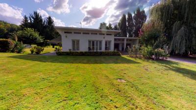 Belle maison de plain pied dans village Tarbes Sud